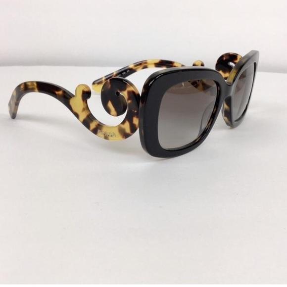 9abff98c19c3 ... czech prada minimal baroque swirl sunglasses e1dad b802a